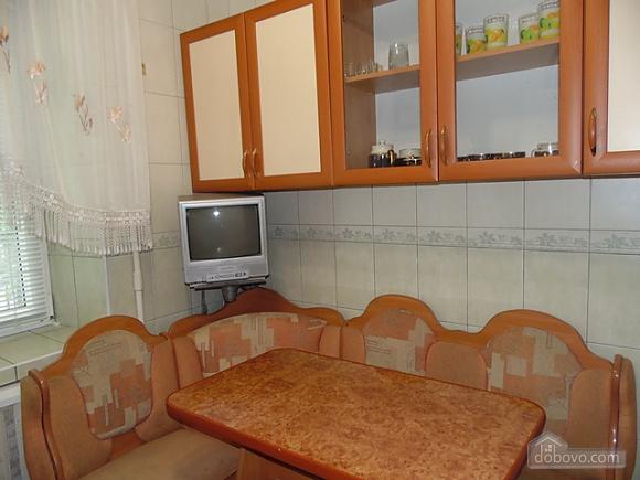Затишна квартира поруч з Донецьким Національним Університетом, 2-кімнатна (56251), 006