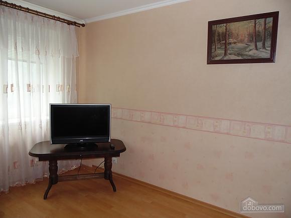 Затишна квартира поруч з Донецьким Національним Університетом, 2-кімнатна (56251), 008