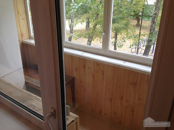 Затишна квартира поруч з Донецьким Національним Університетом, 2-кімнатна (56251), 012