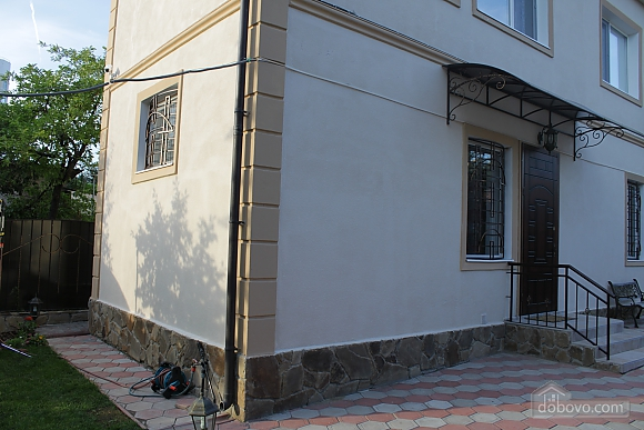 House with a terrace, Two Bedroom (32386), 009
