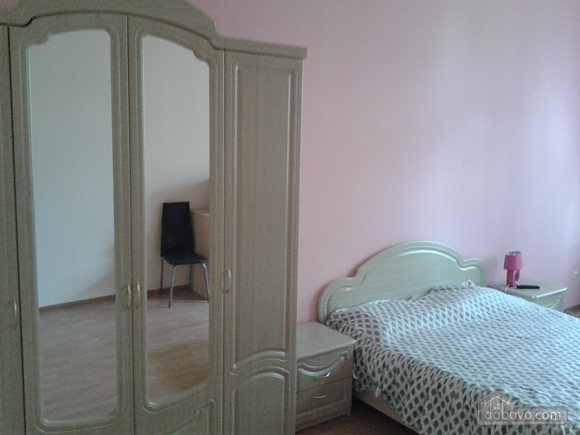 Renovated studio at the sea, Un chambre (12024), 001