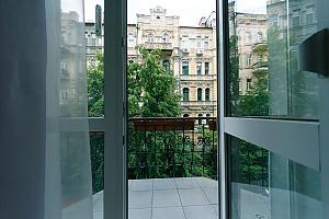 Затишні апартаменти на Хрещатику, 3-кімнатна, 004