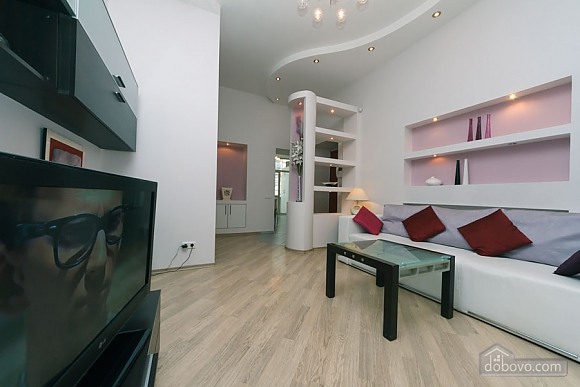 Cozy apartment on Khreschatyk, Due Camere (79121), 007