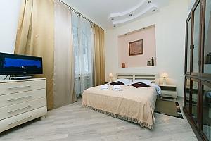 Затишні апартаменти на Хрещатику, 3-кімнатна, 001