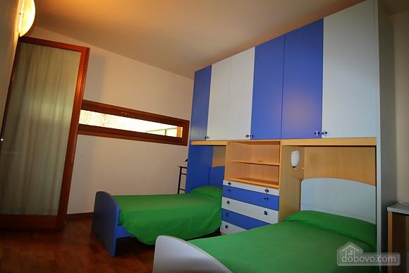 Затишна вілла, 4-кімнатна (86190), 015