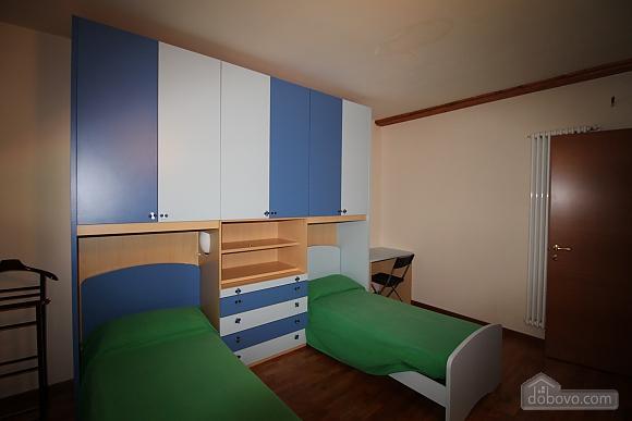 Затишна вілла, 4-кімнатна (86190), 017