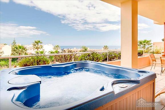 Malibu, Two Bedroom (23918), 008
