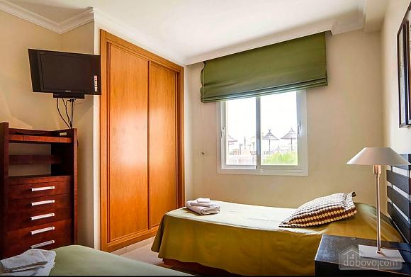 Malibu, Two Bedroom (23918), 017
