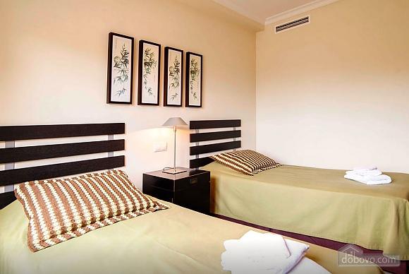 Malibu, Two Bedroom (23918), 021