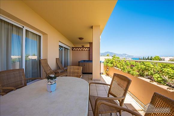 Malibu, Two Bedroom (23918), 043