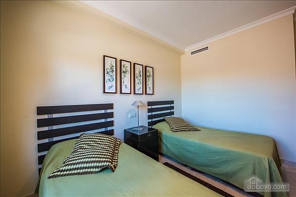 Malibu, Two Bedroom (23918), 049