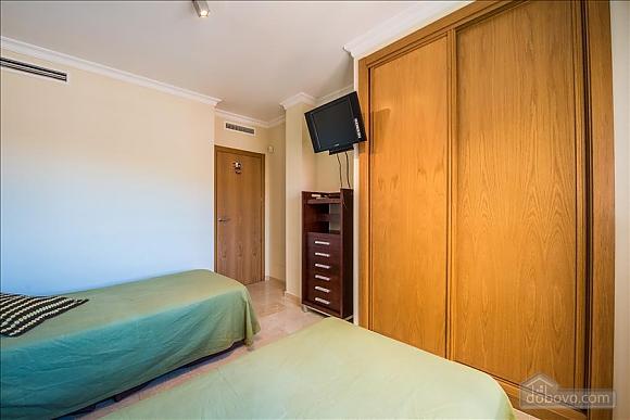 Malibu, Two Bedroom (23918), 050