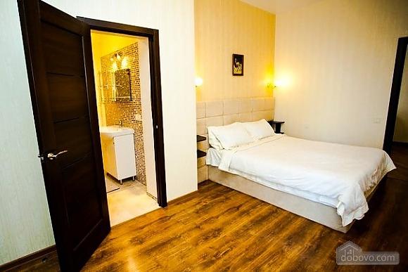 Шикарна квартира в Одесі, 2-кімнатна (86655), 010