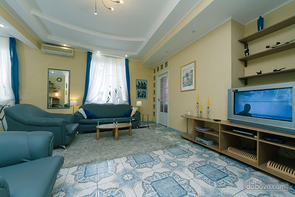 Чудова квартира біля Хрещатика, 3-кімнатна (43601), 002