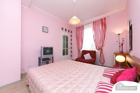 Чудова квартира біля Хрещатика, 3-кімнатна (43601), 007