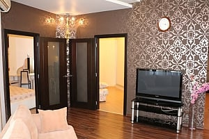 Затишна квартира в Чудо-Місті, 3-кімнатна, 001