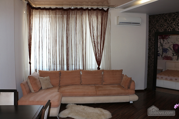 Comfortable apartment in Magic-City, Deux chambres (74197), 010
