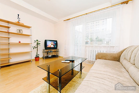 Apartment in the city center, Un chambre (92112), 002