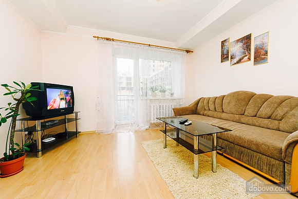 Apartment in the city center, Un chambre (92112), 003