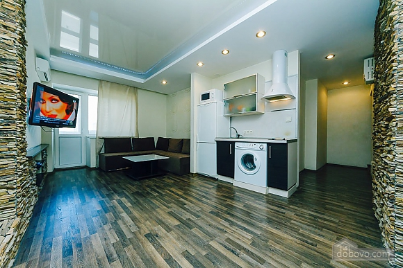 Renovated apartment in hi-tech style , One Bedroom (97528), 004