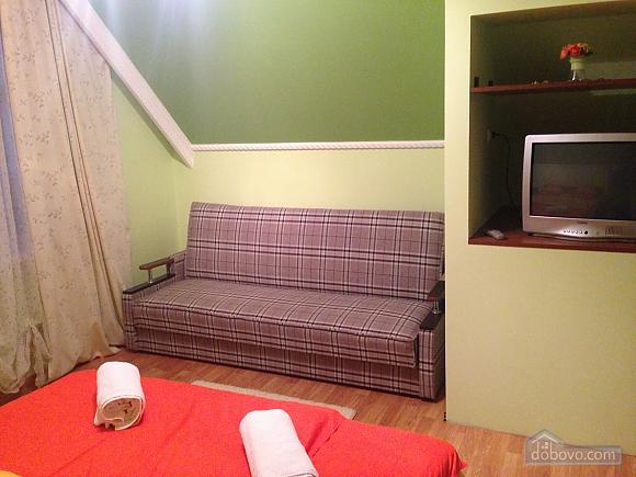 Затишна квартира, 3-кімнатна (49686), 004