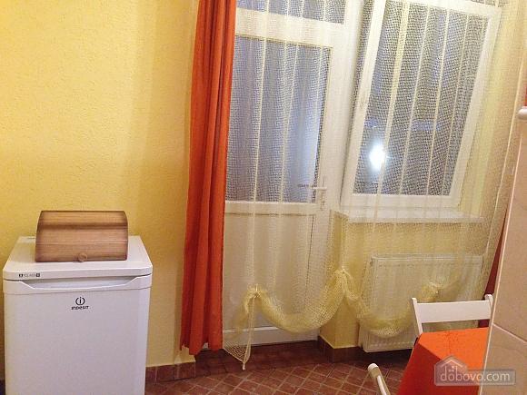 Затишна квартира, 3-кімнатна (49686), 010