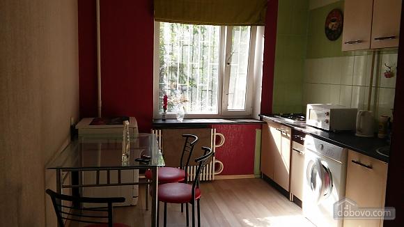 Apartment on Peremohe, Studio (95266), 003