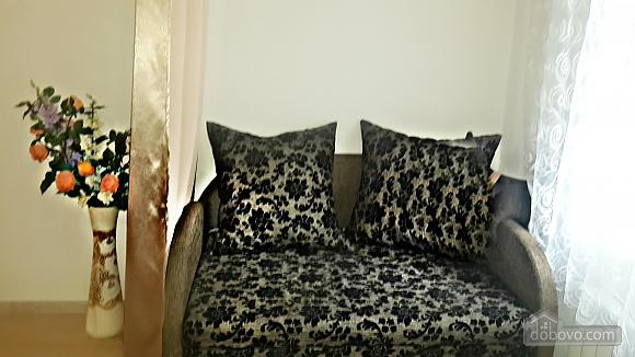 Квартира возле Оперного театра, 3х-комнатная (78095), 012
