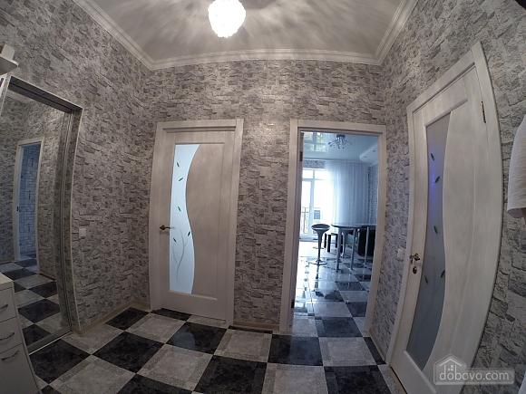 Квартира возле моря, 2х-комнатная (70487), 008