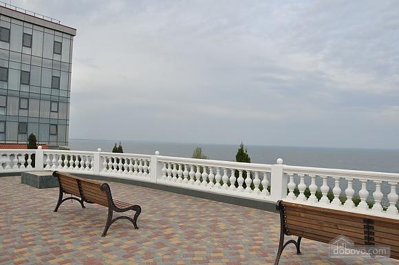 Квартира возле моря, 2х-комнатная (70487), 012