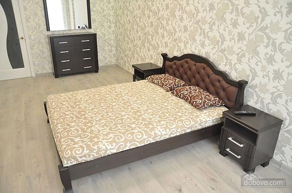 Квартира біля моря, 2-кімнатна (70487), 001