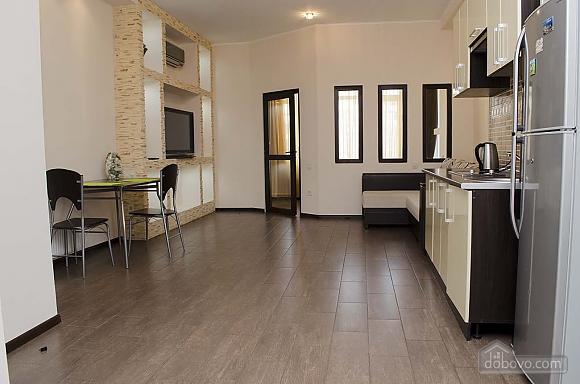 Стильная квартира возле моря в Аркадии, 2х-комнатная (86885), 005