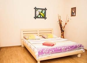 Уютная квартира на Позняках, 2х-комнатная, 001