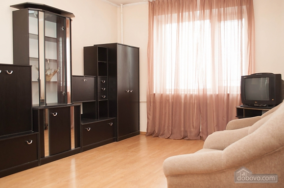 Cozy apartment on Pozniaky, One Bedroom (67165), 002