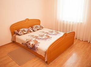 Уютная квартира на Позняках, 2х-комнатная, 003