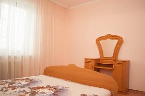 Уютная квартира на Позняках, 2х-комнатная, 004