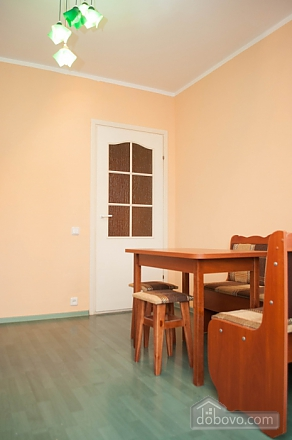 Cozy apartment on Pozniaky, One Bedroom (67165), 006