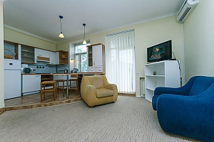 Квартира возле Крещатика, 2х-комнатная, 002