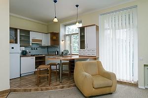 Квартира біля Хрещатика, 2-кімнатна, 004