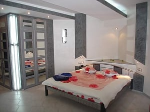 Cozy studio with Jacuzzi near Gulliver shopping center, Studio, 002