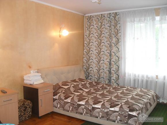 Район Майдан-Колос, 2х-комнатная (55931), 001