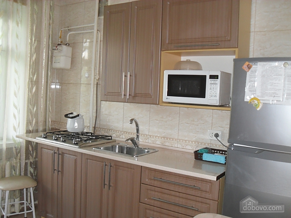 Район Майдан-Колос, 2х-комнатная (55931), 006