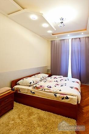 Видова квартира в центрі Києва, 2-кімнатна (51577), 001