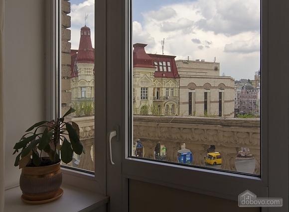 Видова квартира в центрі Києва, 2-кімнатна (51577), 012