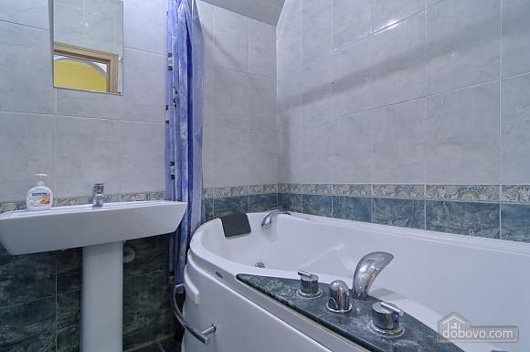 Видова квартира в центрі Києва, 2-кімнатна (51577), 011