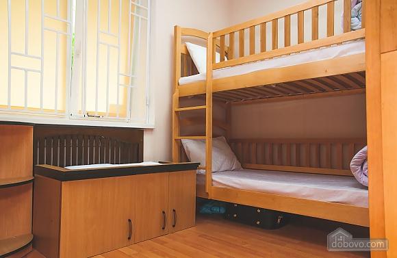 8-місцевий номер загальний, 1-кімнатна (57009), 003