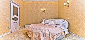 Luxury Arcadia, Two Bedroom, 002