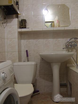 Простора квартира поруч з метро Дарниця, 2-кімнатна (70892), 006