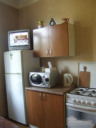 Простора квартира поруч з метро Дарниця, 2-кімнатна (70892), 007
