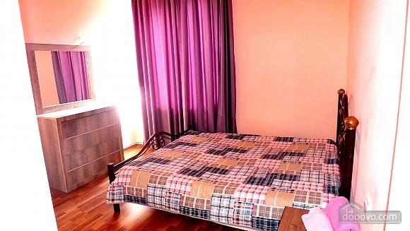 Апартаменты в Сабуртало, 3х-комнатная (37468), 005